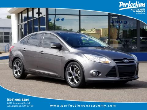 Pre-Owned 2014 Ford Focus SE FWD 4dr Car